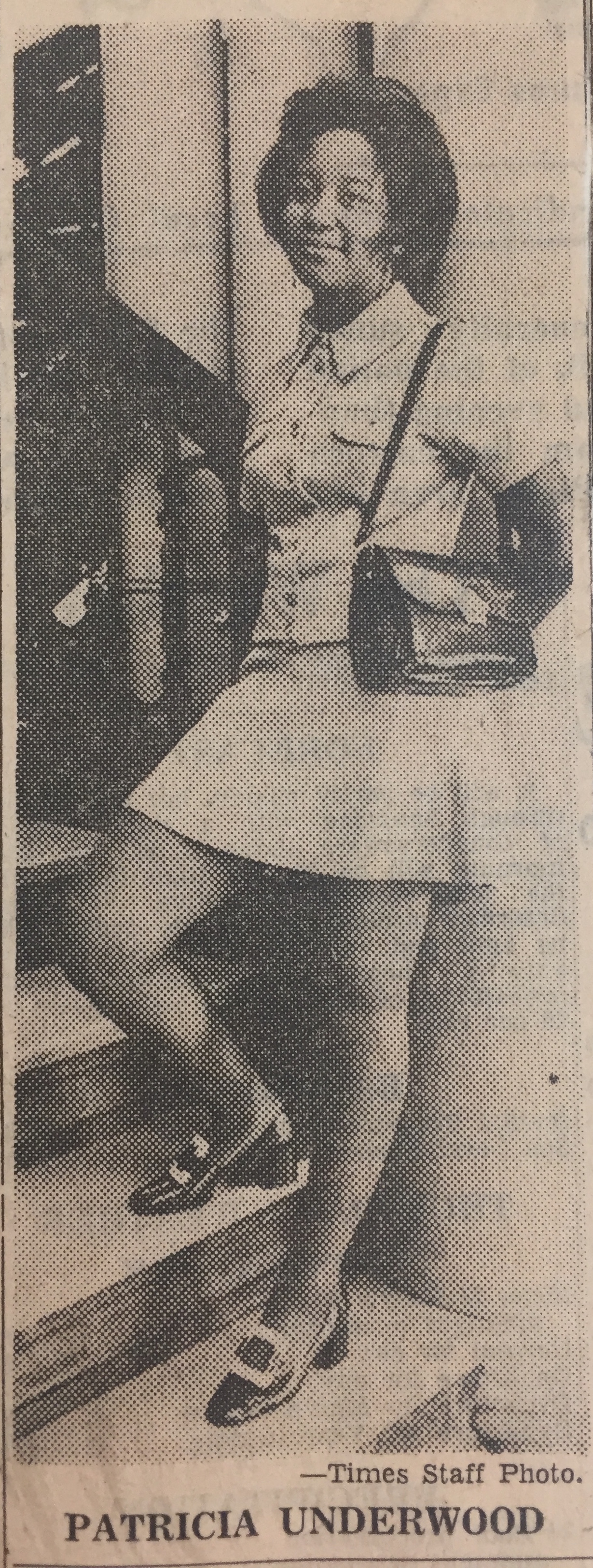 A photo of Patricia Underwood Williams standing on the steps of City Hall appears in a Chattanooga Times article from July 9, 1971. (Chattanooga Public Library archives)