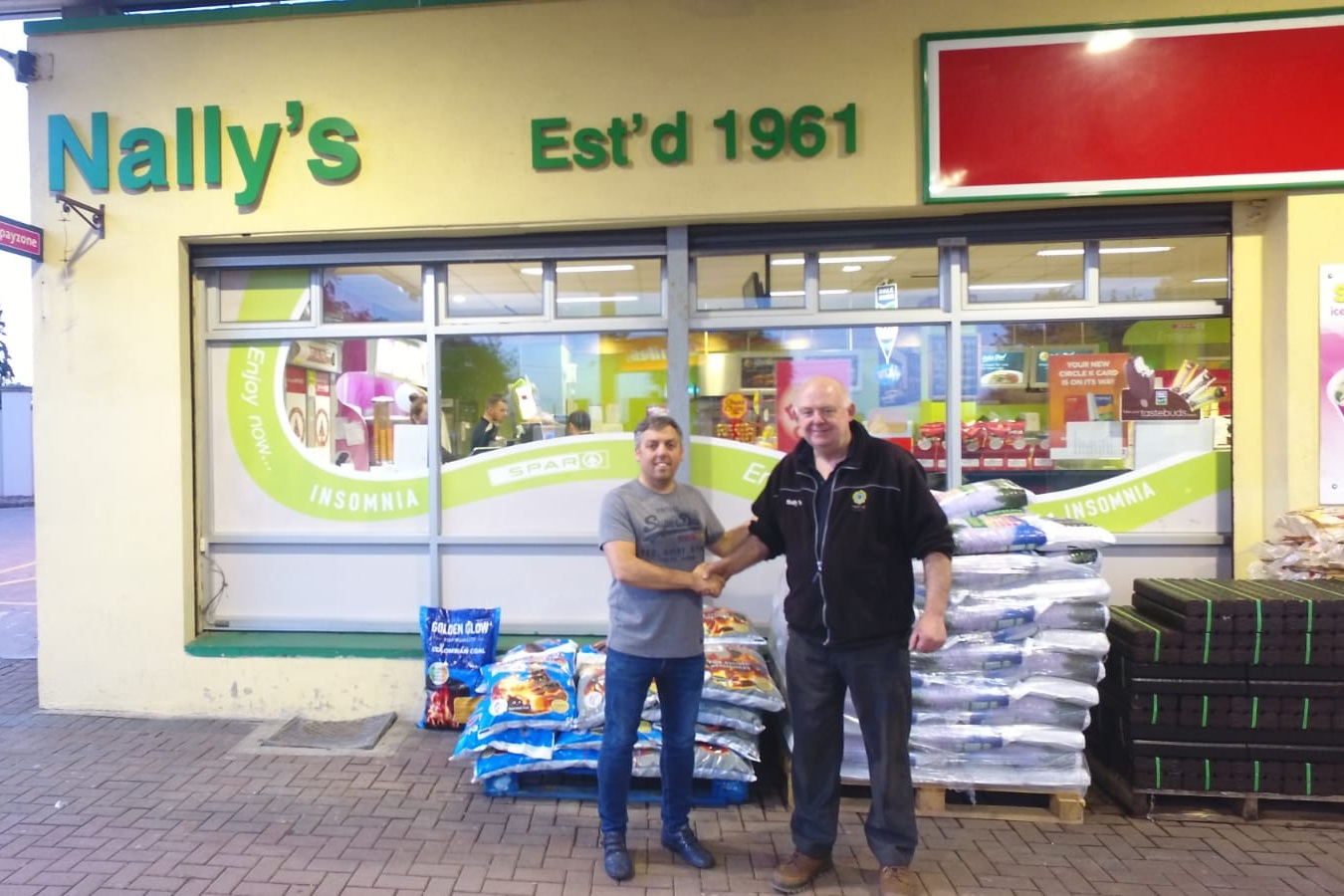 Nally's Circle K / Spar, Ballymahon, Co. Longford - John Nally of Nally's Circle K / Spar, Ballymahon presenting Michael Kelly, Ballycastle AC with a cheque. Our sincere thanks to John and team.