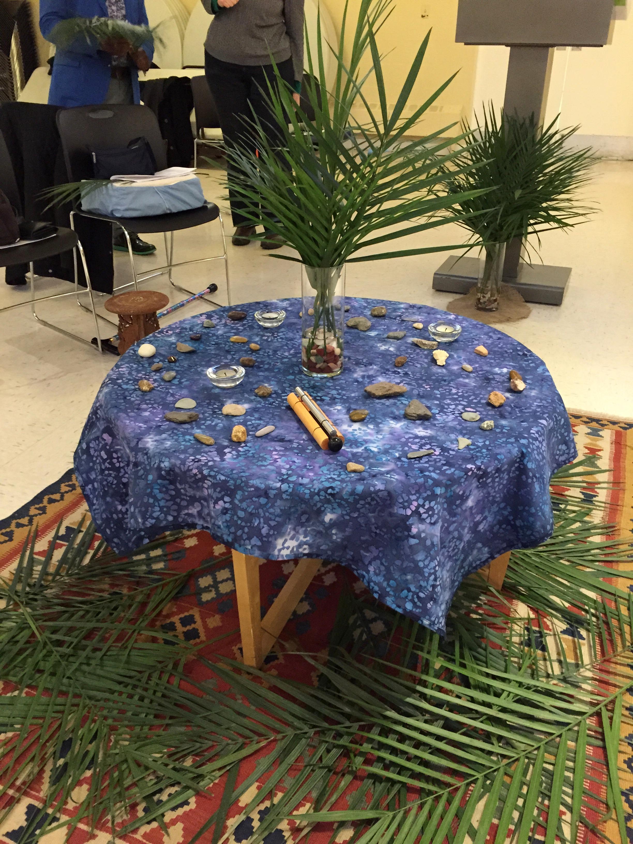 Palm Sunday Center Table 2016.JPG