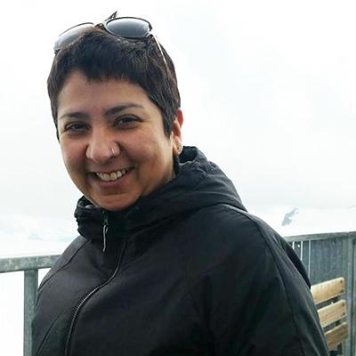 Diya Singh Directrice de Succès Clients