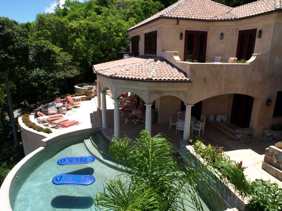 st-john-peterbay-villa-amorosa-deck-pool.jpg