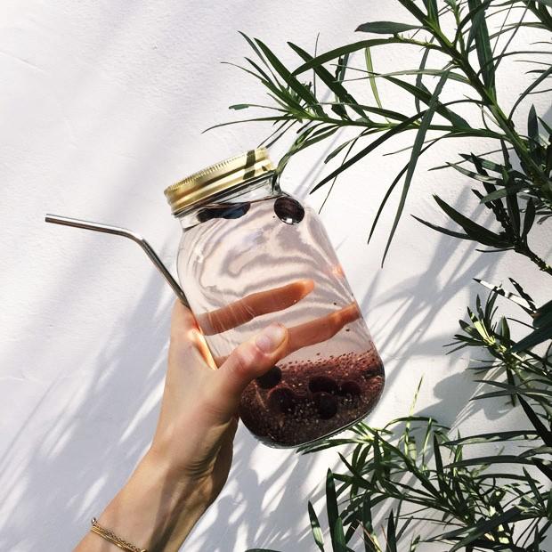 Águas aromatizada com frutas