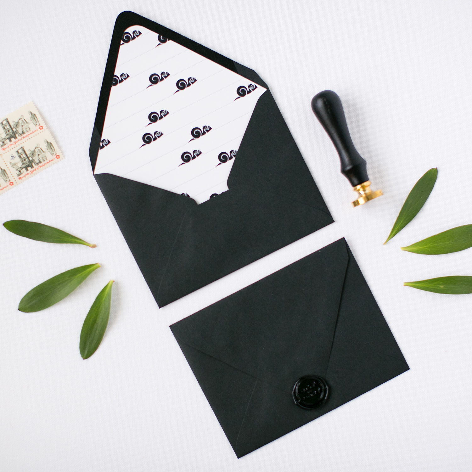 Free Envelope Liner Printable + Wax Seal Giveaway | Pretty Peas Paperie | SNAIL Mail