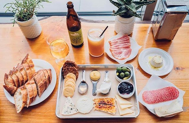 Currently day dreaming about this spread from @cheeseandcrack in #Portland 🤤😍👌 Love the way this board lets you pair cheeses with different accoutrements and have some fun with it. 📷 via @eatitjames
