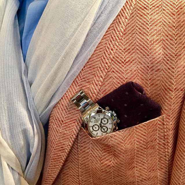 This weekend at The Trinity Collection @gambertcustomshirts will be here with Bespoke men's shirts and jackets. Pictured is our Loro piani linen jacket with a classic zenith Daytona in steel. #bespoke #zenithdaytona #Rolex #gambertcustomshirts #nantucket #trinitycollection