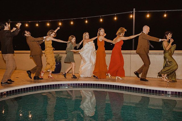 When it's time for the conga line 💃🏽 Steven + Brooke's backyard 70's wedding was a groovy dream, thanks to the lovely couple and this amazing vendor team!  @kayleedukefilm @adorefolklore  @jesscernahair  @makeupbyvanny @lazarofloral @simplyclassicevents 📷: @gabrielconover