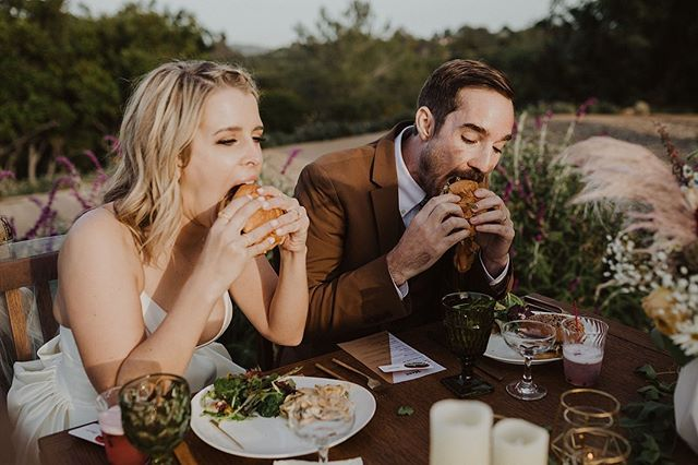 Another one from Brooke + Steven's wedding because @gabrielconover is just too good!! Who else's mouth is watering?