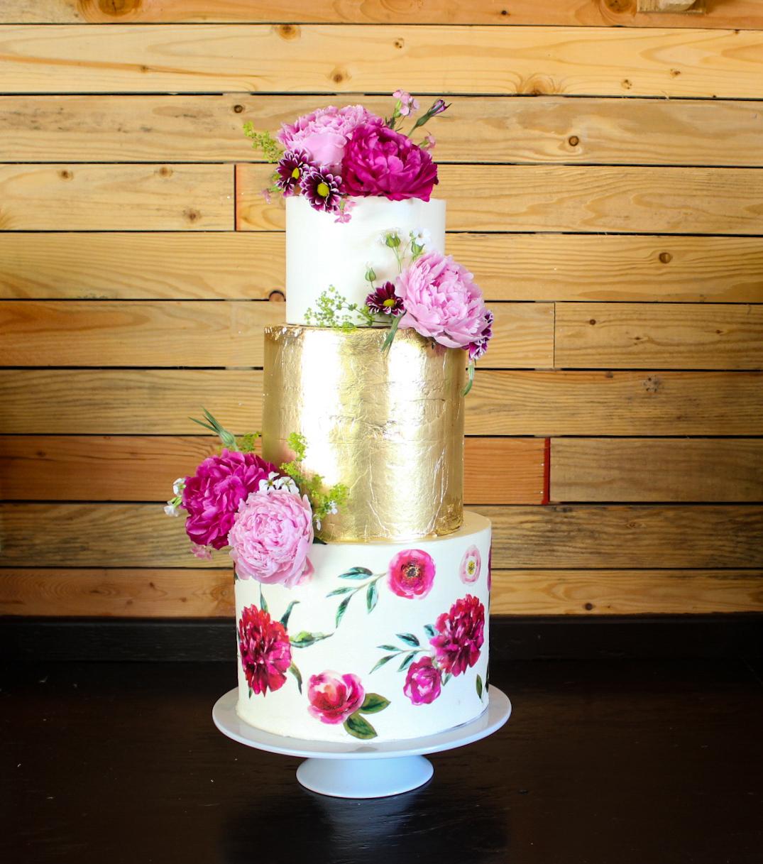 Venue: Marionfield Farm  Photography: South Fork Cake Company