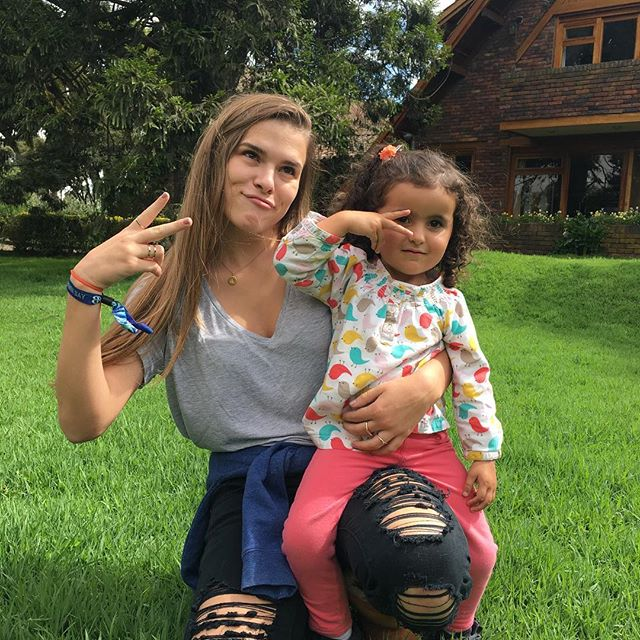 Lexi's happy place: la finca 🇨🇴with her goddaughter Alana 💖
