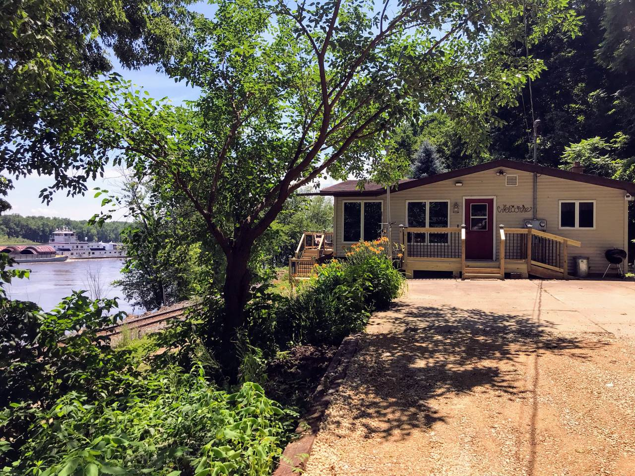 GREAT RIVER GETAWAY GUTTENBURG, IA -