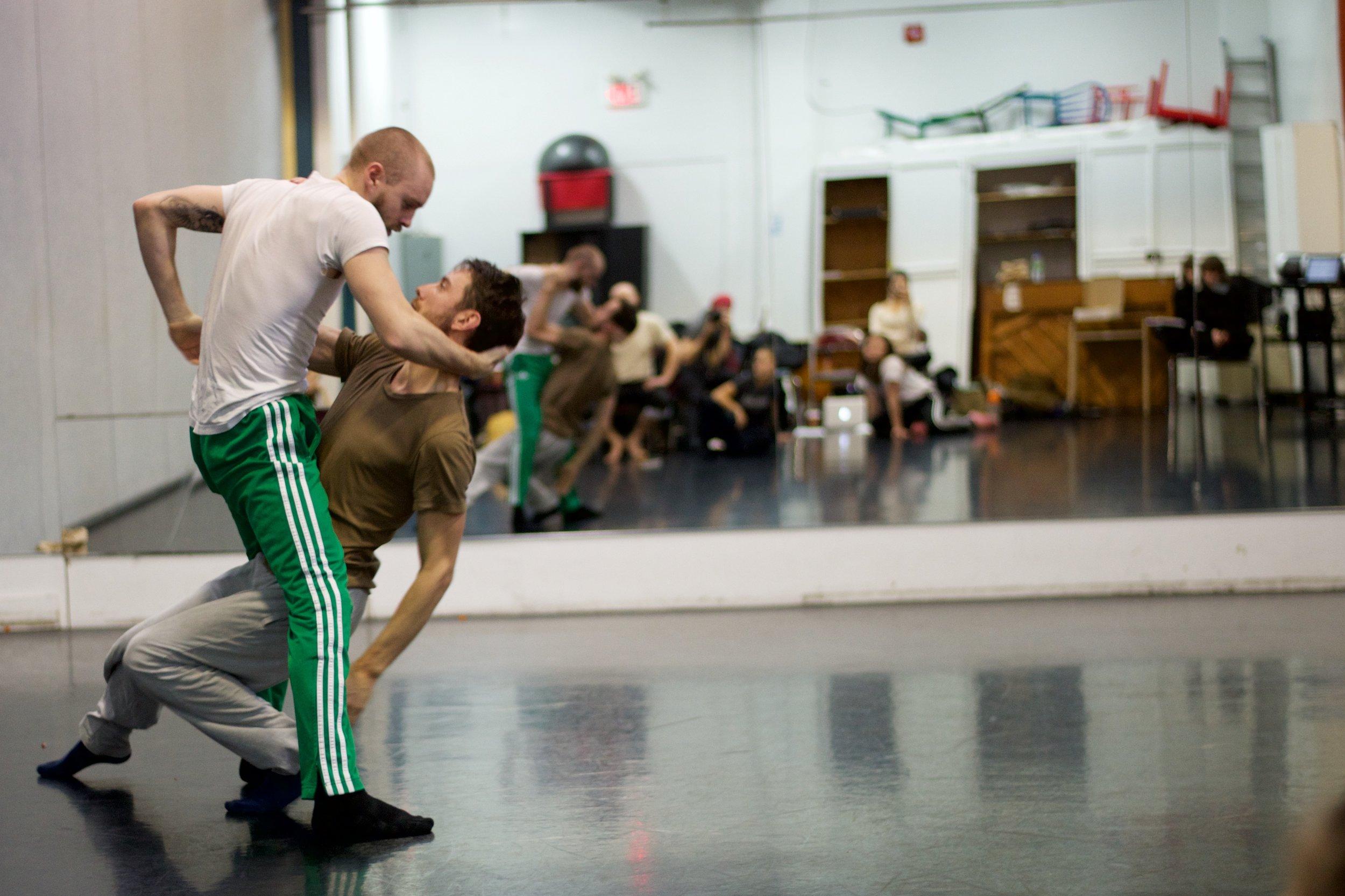 Vazari in Rehearsal  Photo by Lyon Smith
