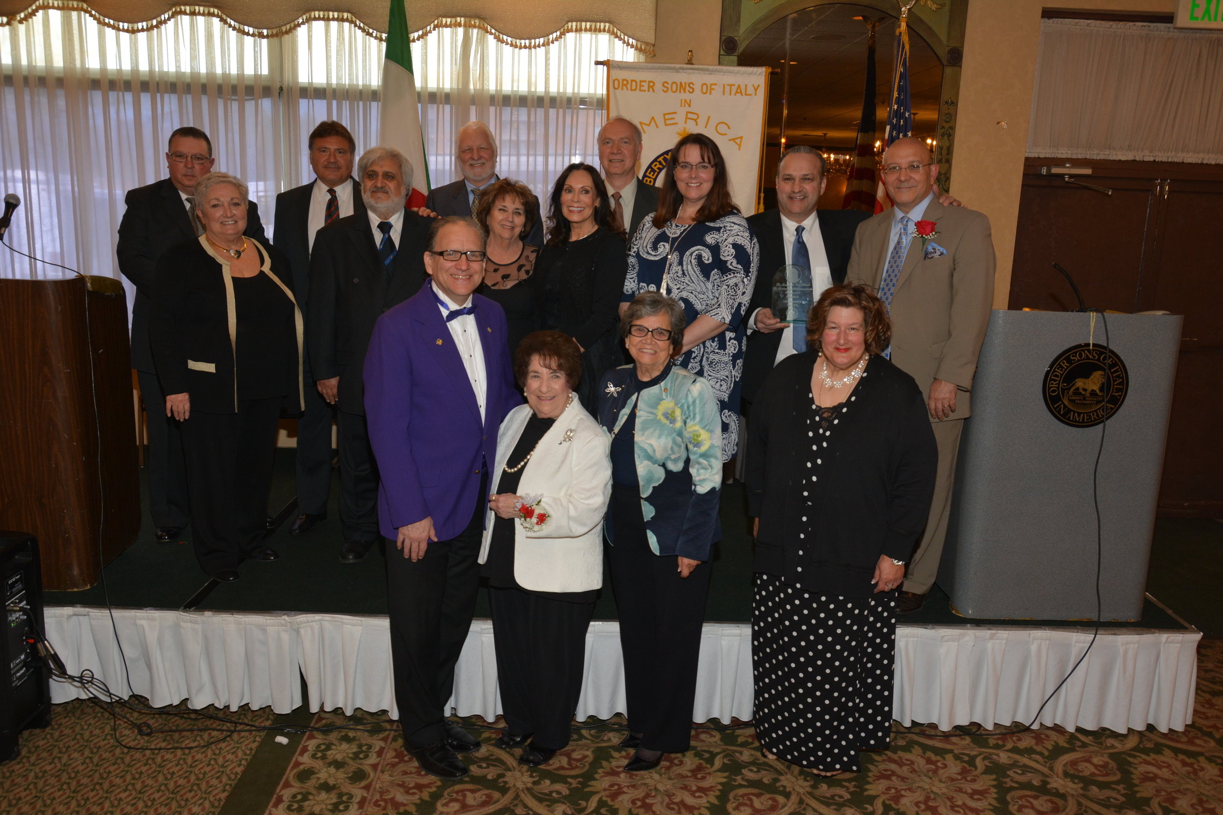 - Twelve distinguished professional Italian Americans were honored with a Leonardo da Vinci Award of Excellence at the 18th Annual Reception and Ceremony on May 5, 2019 at the White Eagle Banquets in Niles, Illinois. The event is hosted by the Grand Lodge of Illinois and Wisconsin, Order Sons and Daughters of Italy in America
