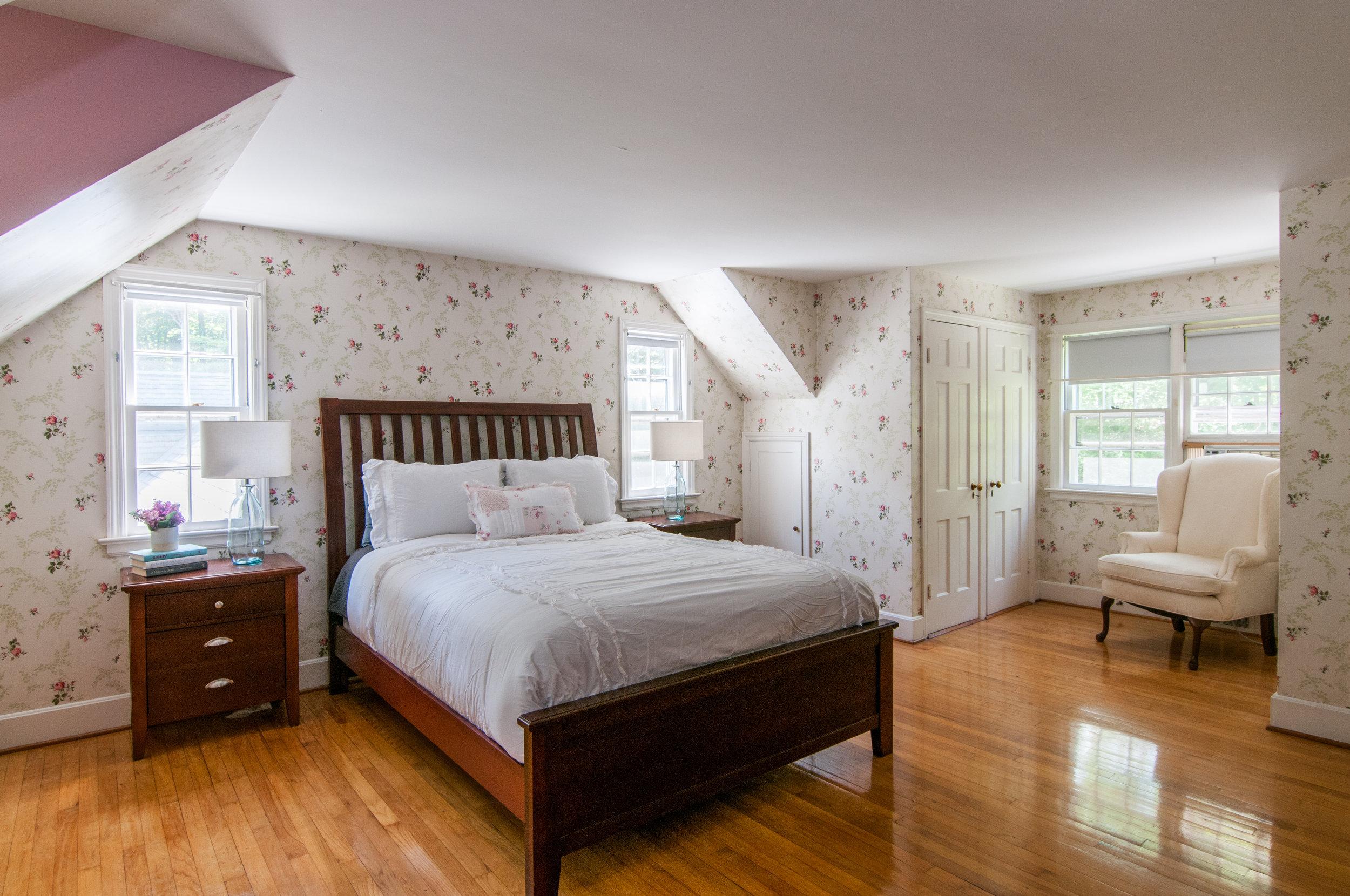 40-WHurleyRd-Guest-Bedroom.jpg
