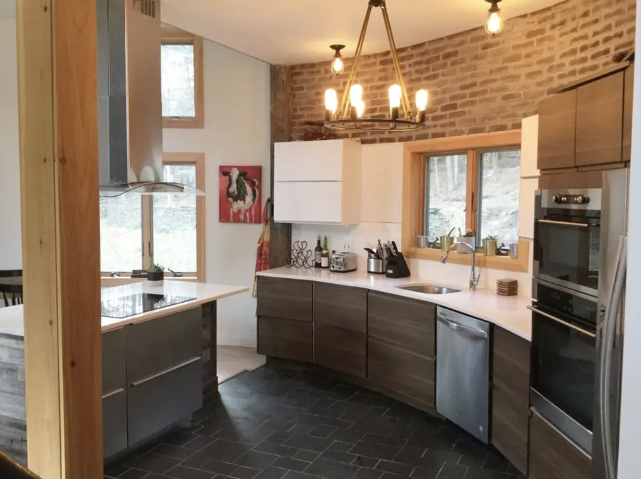 FawnHill-WillowNY_Kitchen2.png