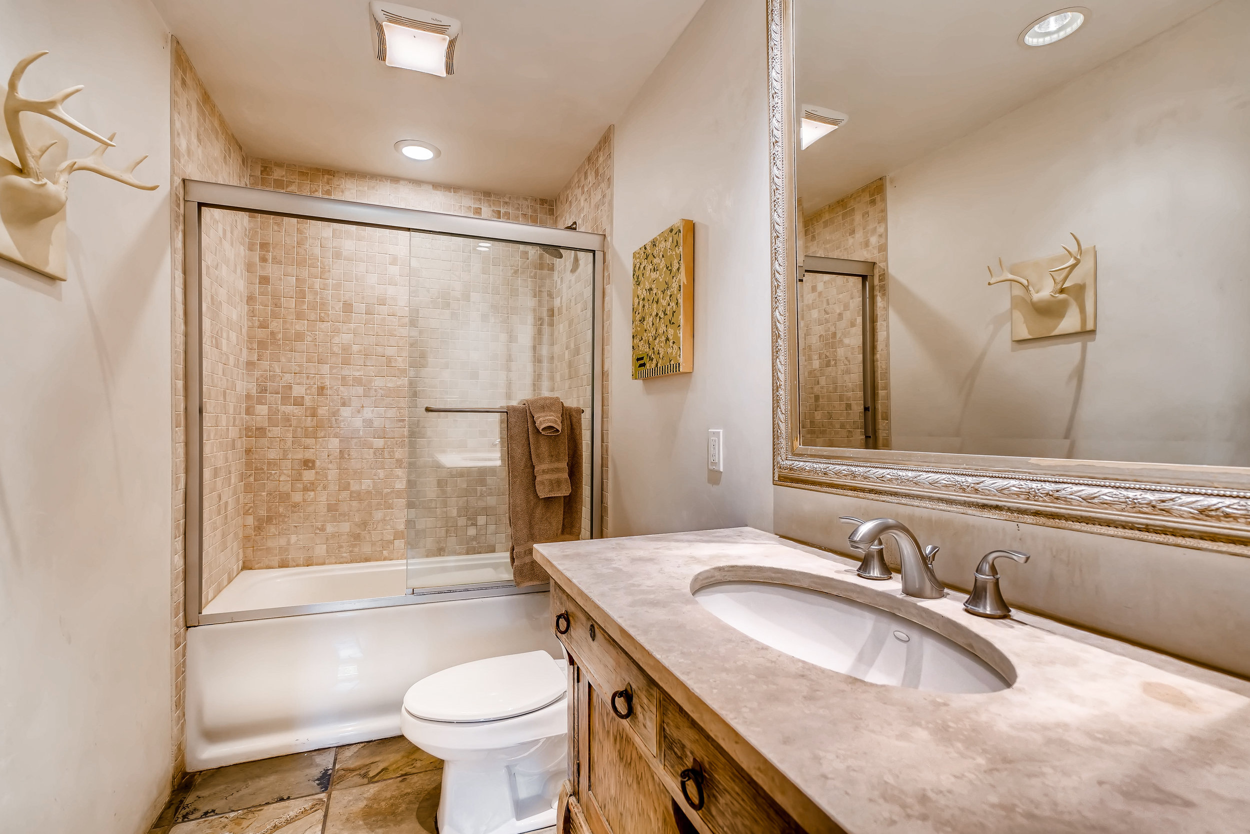 203 Laughlin Santa Fe NM 87505-print-008-5-Master Bathroom-3600x2403-300dpi.jpg