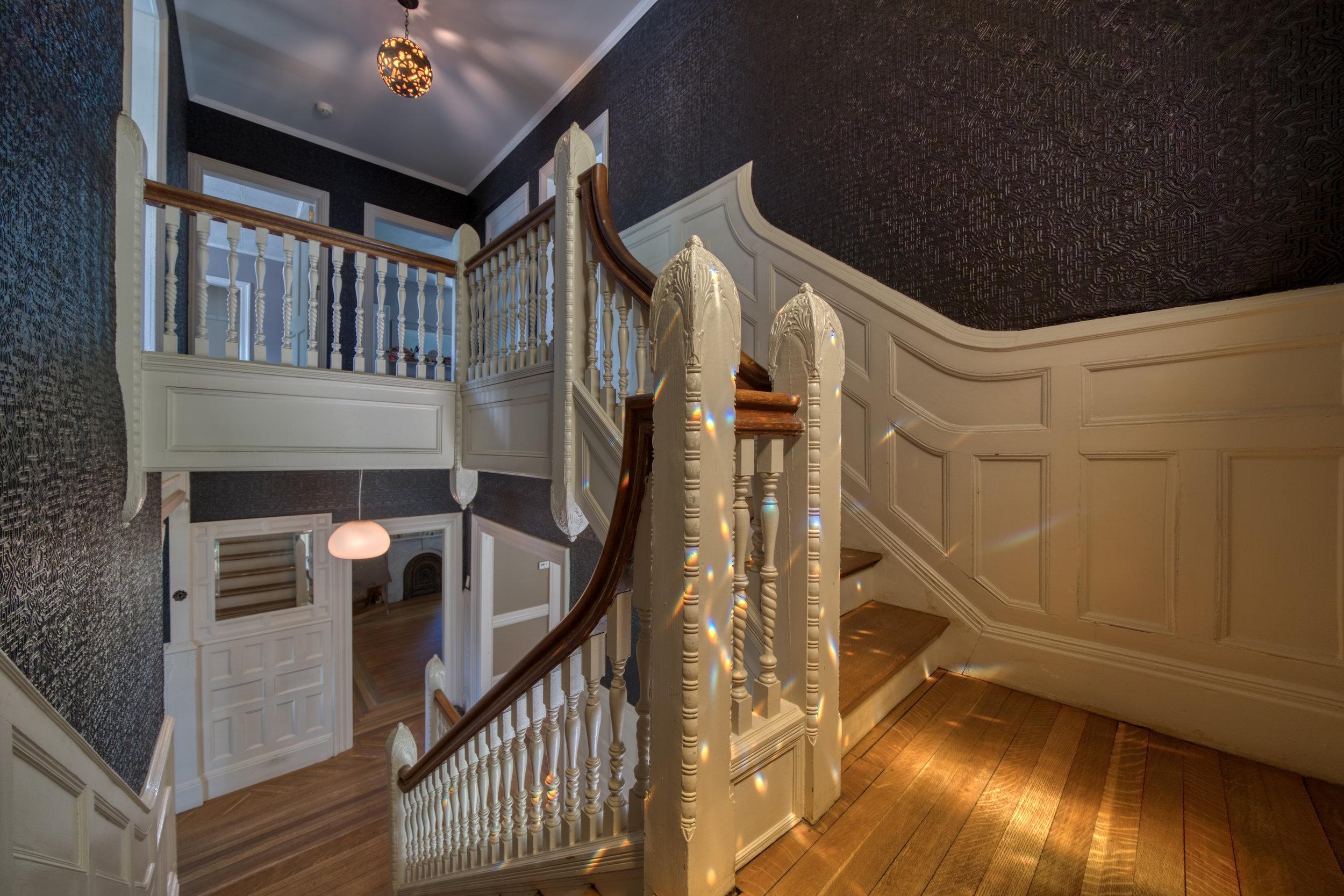 Uptown-Kingston_Stainglass-Stairs-1.jpg