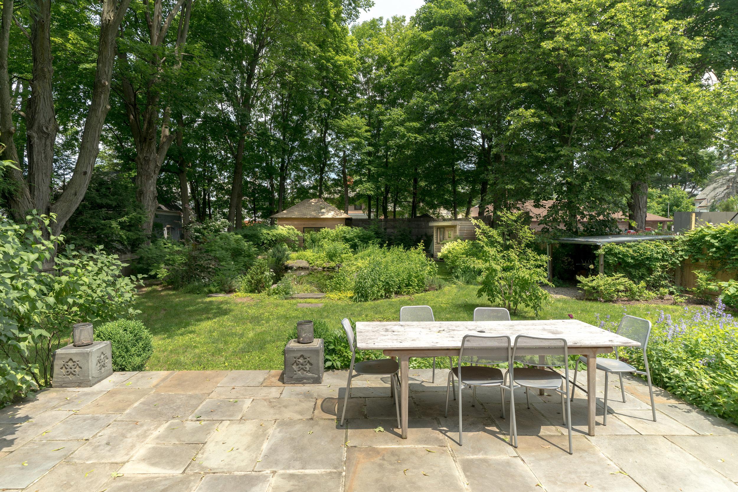 UptownKingston-Garden-Outdoor-Dining.jpg