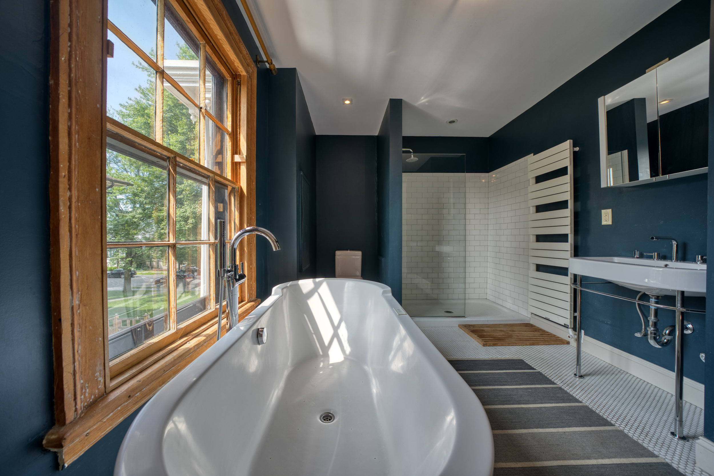 UptownKingston-Master-Bathroom-1.jpg