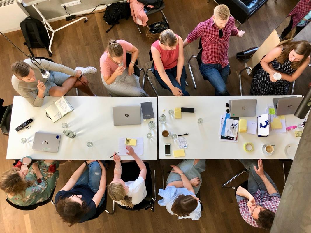 Growth Hack Workshop - Mit einem interdisziplinären Team eines großen FMCG Herstellers haben wir in einem dreitägigen Discovery Prozess über 70 Growth Hack Ideen entwickelt und die 10 besten für den strategischen Launch vorbereitet.