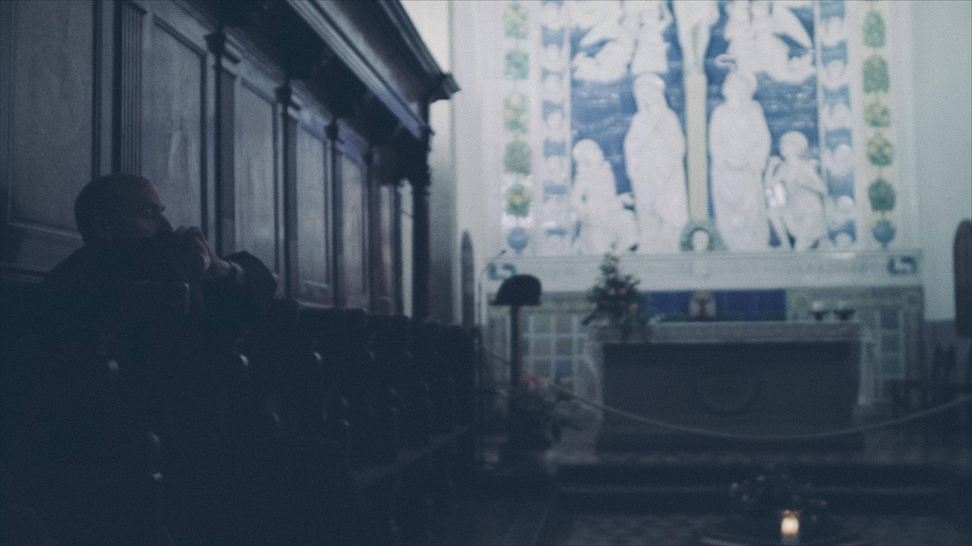 Cinemascope 2-35-1 Croplines.00_04_28_23.Still035.jpg