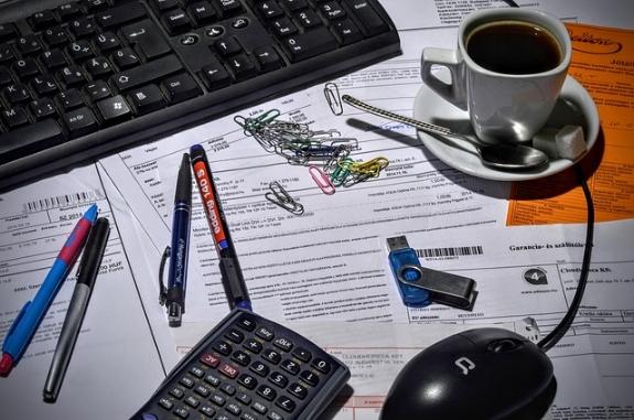 USED -bookkeeper-1016299_640.jpg