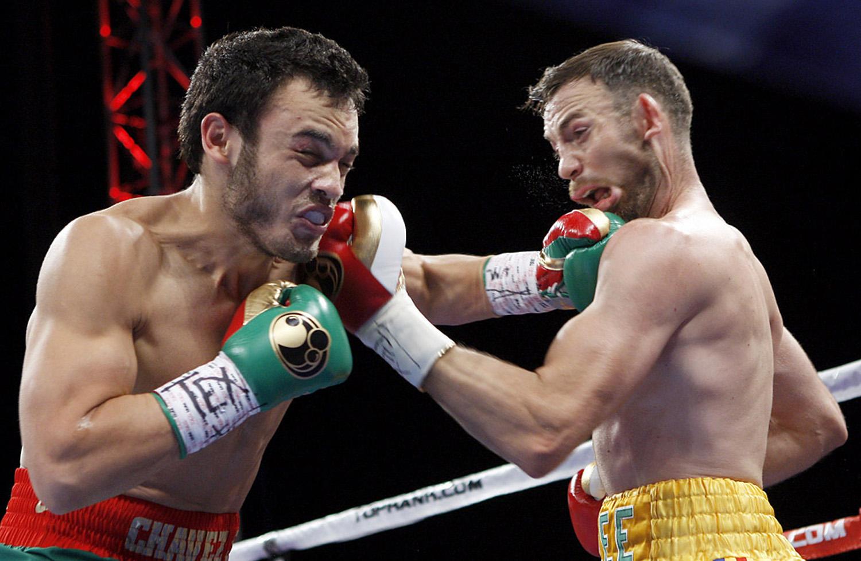 Julio Cesar Chavez Jr. TKO's Andy Lee