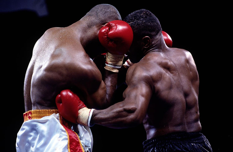 Mike Tyson vs Razor Ruddock 2