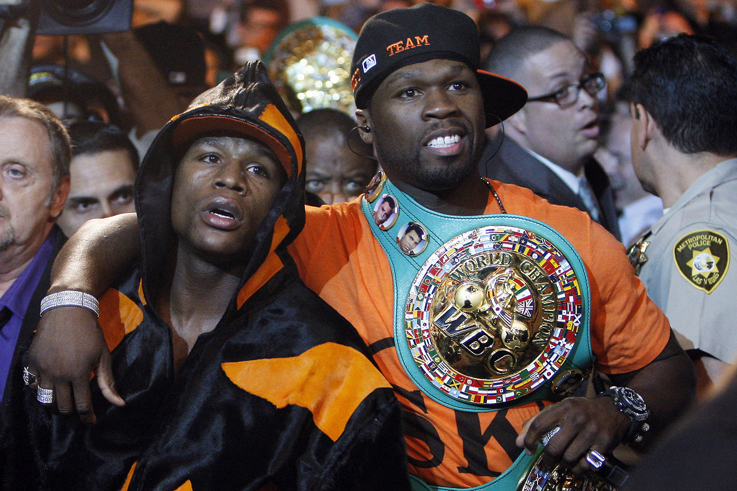 Ring Entrance: Floyd Mayweather Jr & 50 Cent