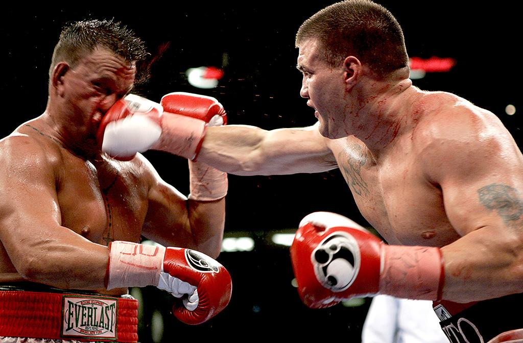Brian Minto TKO's Vinnie Maddalone