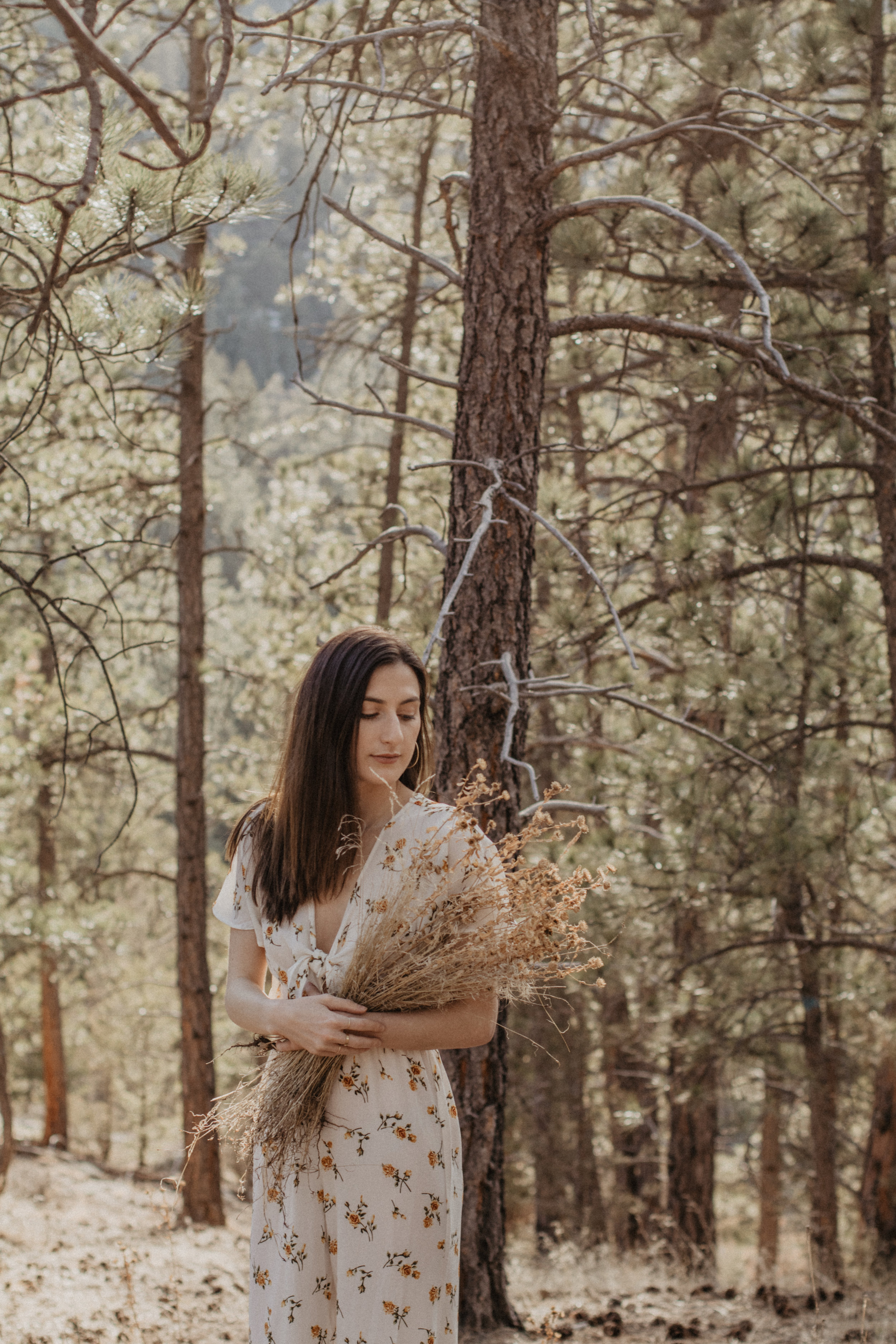 haley-holding-flowers