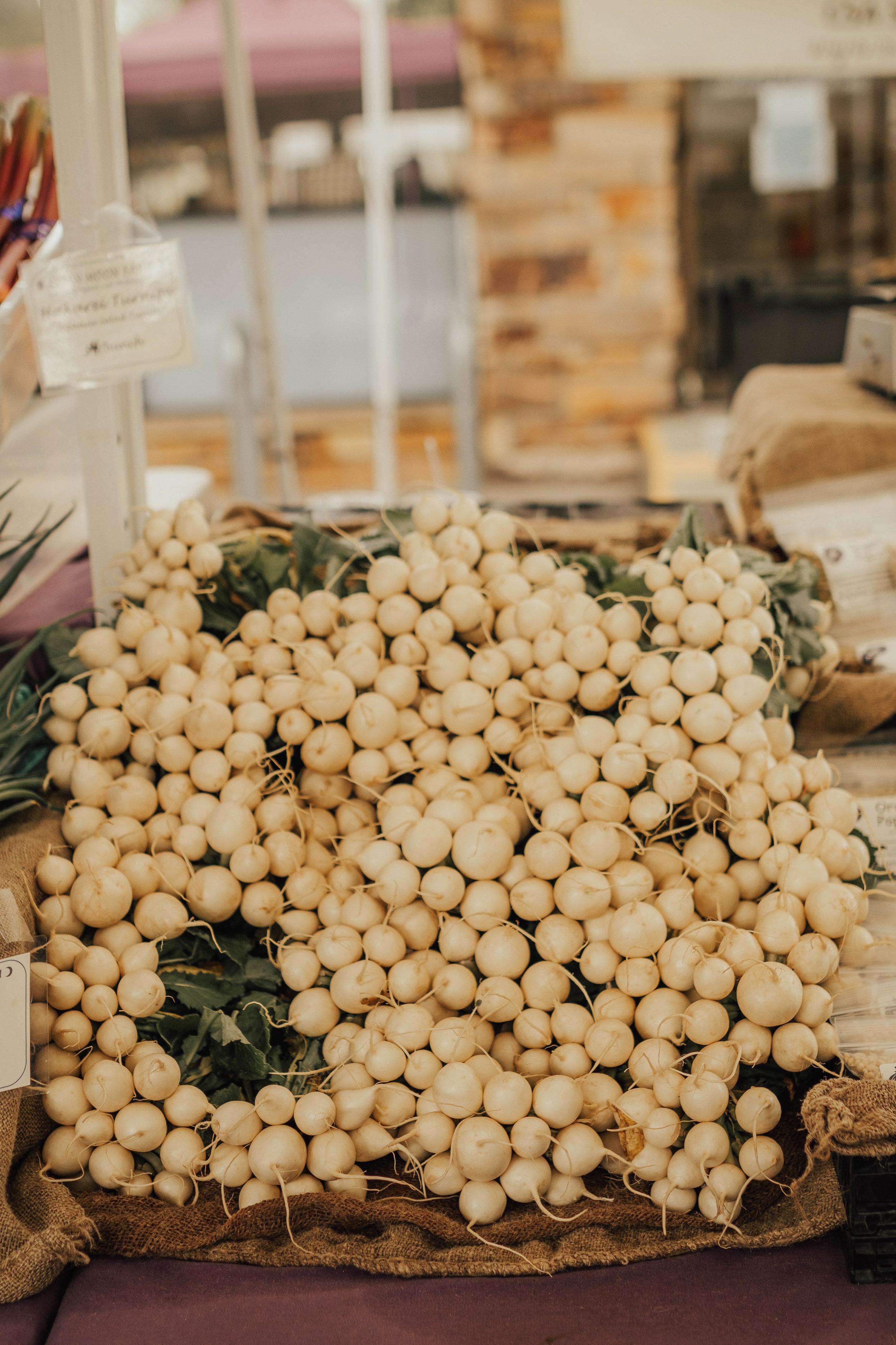 farmers market white radishes