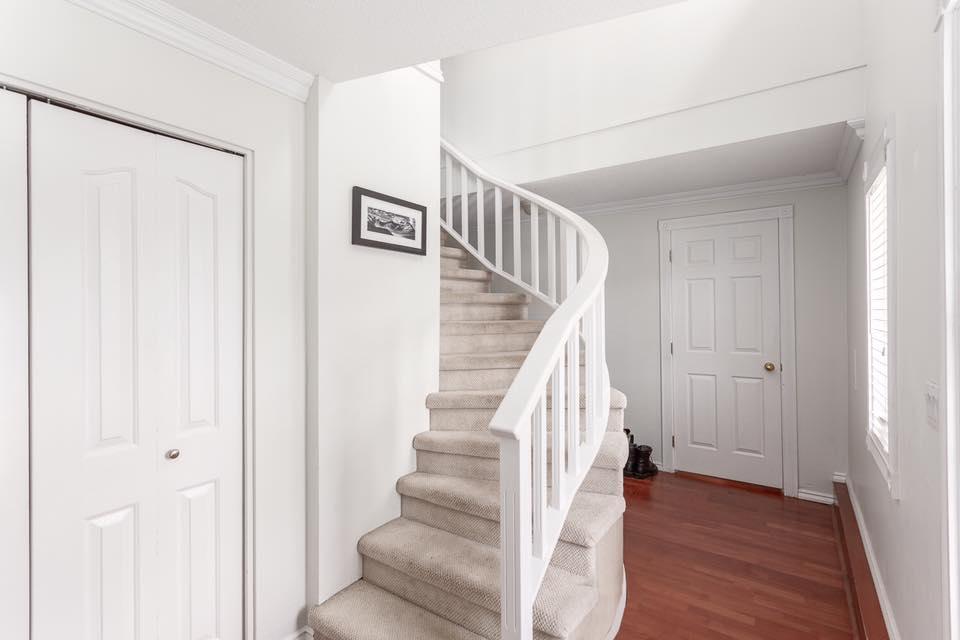 5545 Maple - stairs.jpg