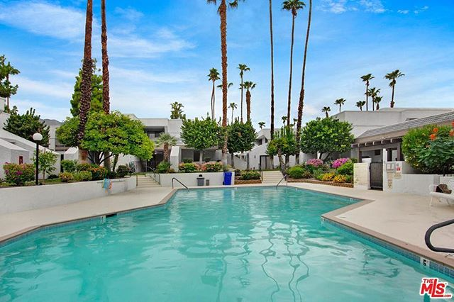 Always wanted to own a home in Palm Springs? Your monthly payments could be as low as $687 per month. That's not a typo. (And yes, I sell Palm Springs real estate too) 🌴