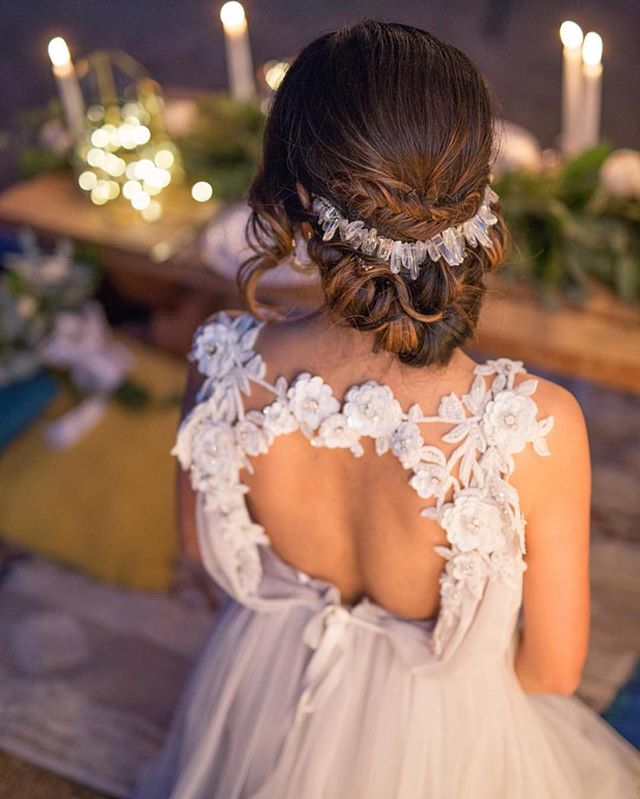 Can't get over the back of the Adelaide!! This gown will be in stores and available for try on in our shop in just a couple weeks! 😍💕 Repost @veneaistudio . . . . .  #madeinLA #outdoors #joshuatree #outdoorwedding #weddingdress #bride #bridetobe #weddingcake #weddingfood #flower #floral #socalwedding #californiaweddings #weddingdressshopping #bridaldress #weddingplanning #OC #LA #weddingplanner #orangecountywedding #instadaily #theknot #instagood#eventplanner #weddingplanner #bridalshop #weddingdressstore #bridalsalon #fashion #hair
