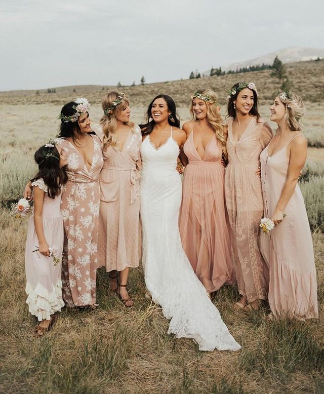 This glowing bride in our @goddessbynature //Angelina gown. Loving the mix of these soft blush hues to wrap up an awesome summer 🌸 📷 @blakeehunter . . . . . . #goddessbynature #weddinggown #bridalparty #engaged #weddingflowers #bridesmaid #love #weddingdress #Floral  #bride #wedding #proposal #photography #weddingdessert #eventplanner #weddingplanner #bridalsalon #instagood #bridesmaid #bridesmaids #fashion #bridalparty #engaged #inspiration  #weddingstore #weddingdressstore #OC #LA #Orangecounty