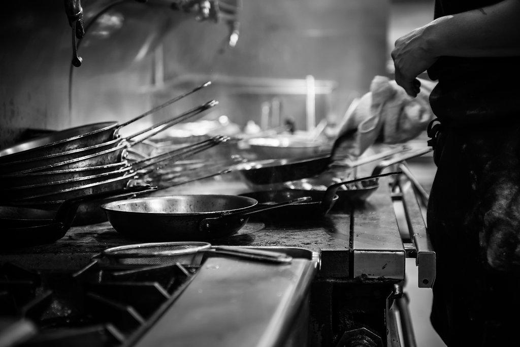 kitchen-pans.jpg
