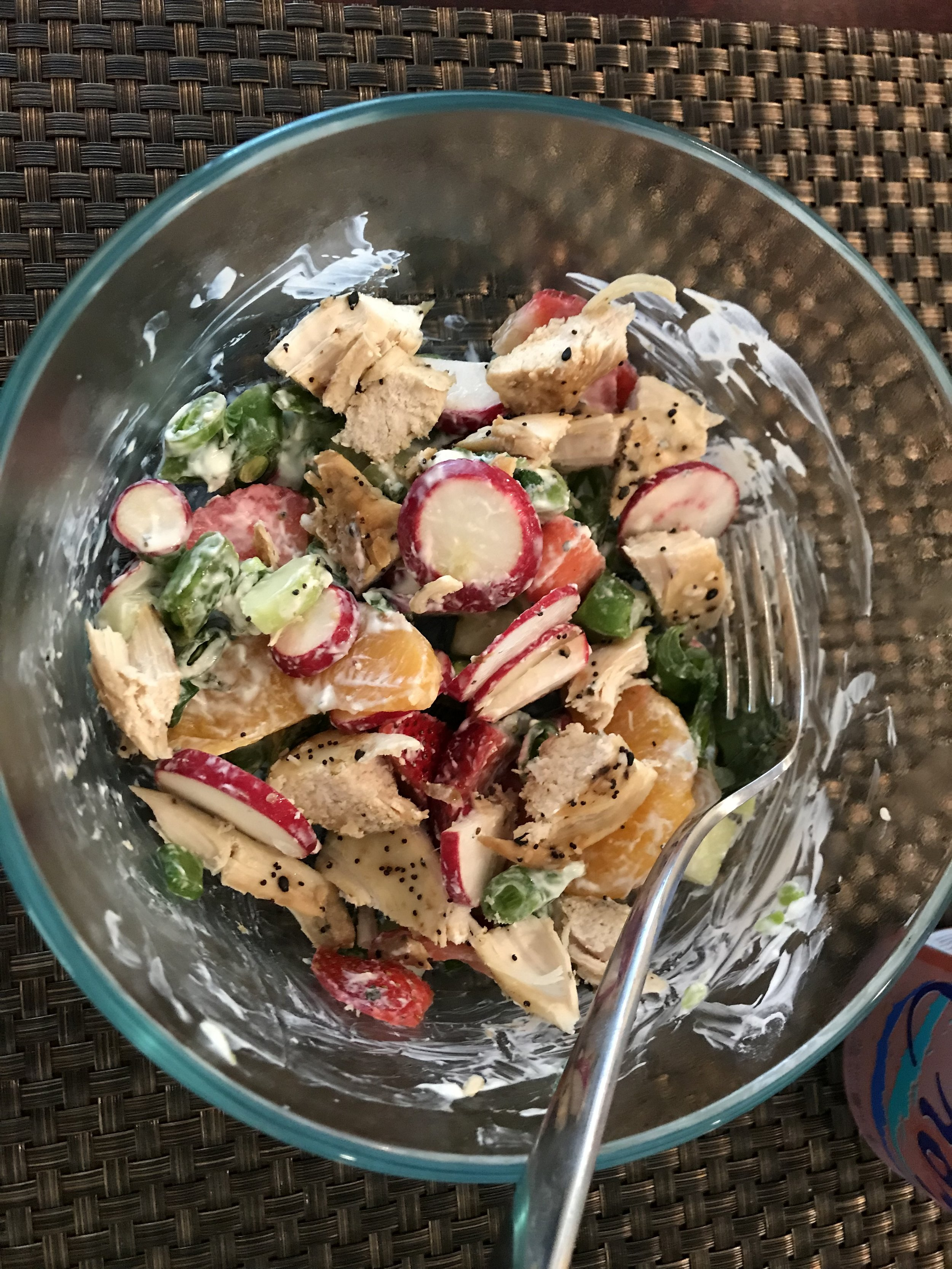 LUNCH - Fixate Spring Salad with chopped Chicken Breast.