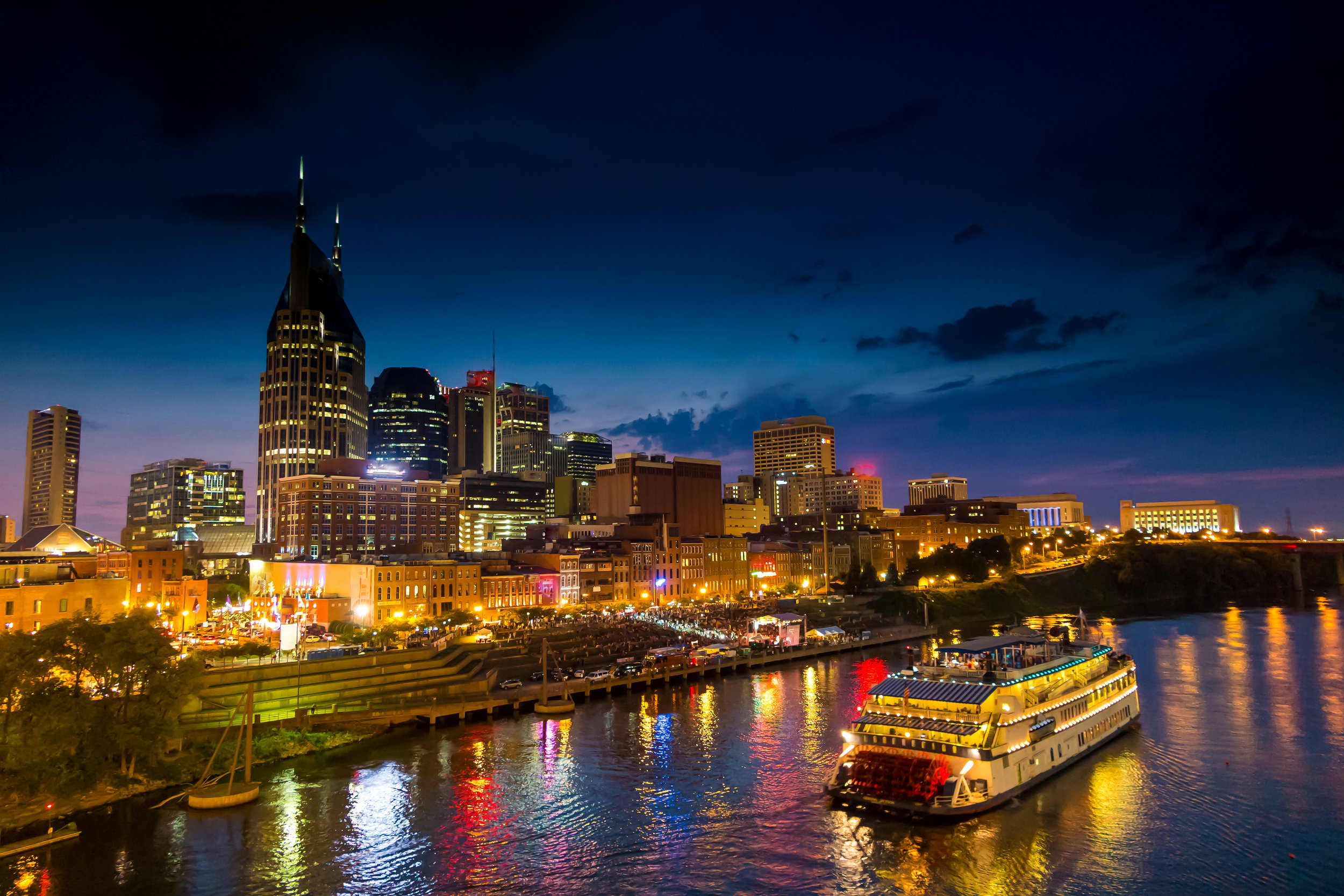 bigstock-Nashville-Tennessee-downtown-s-95566772.jpg