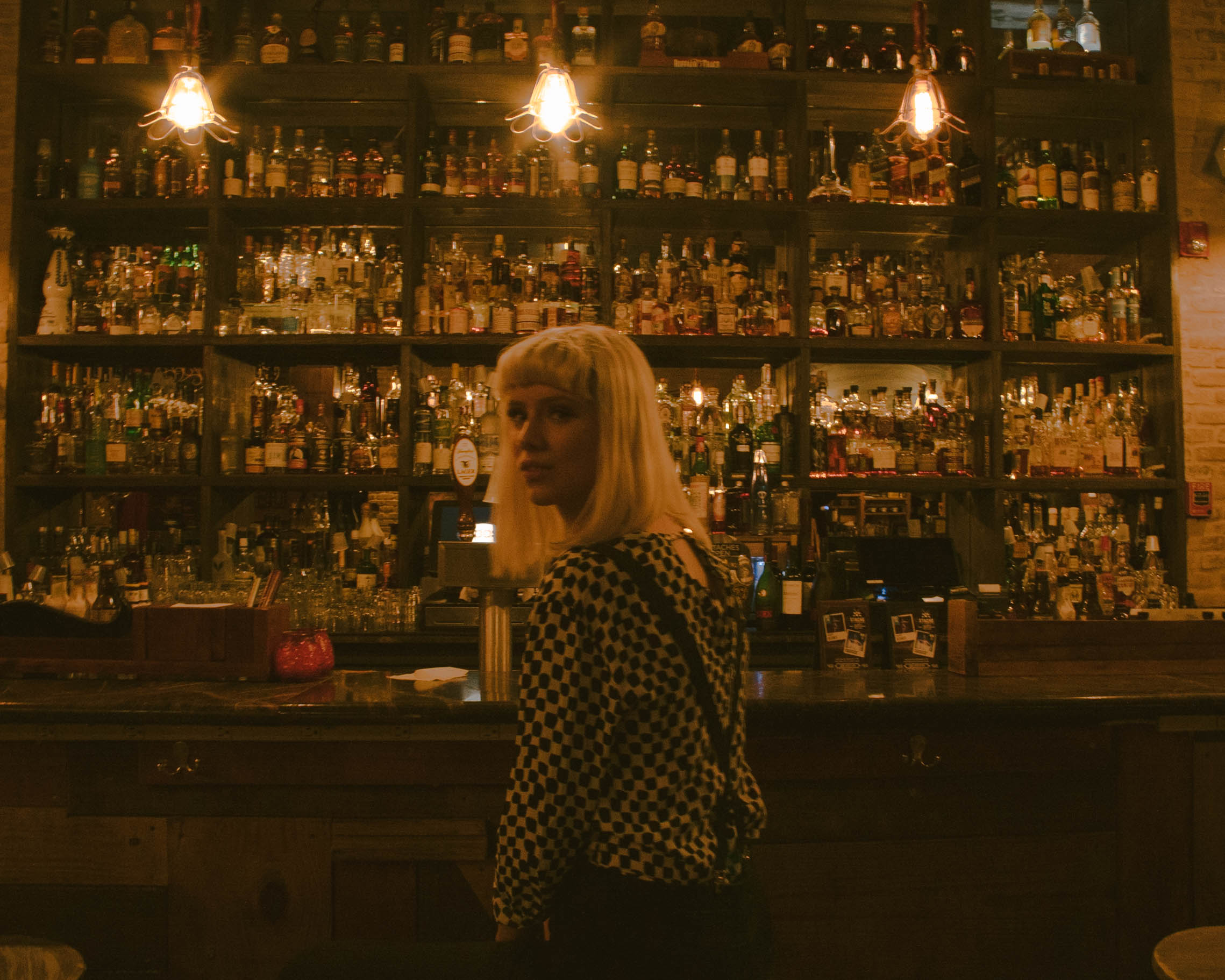 DAGS AT THE BAR (1 of 5).jpg