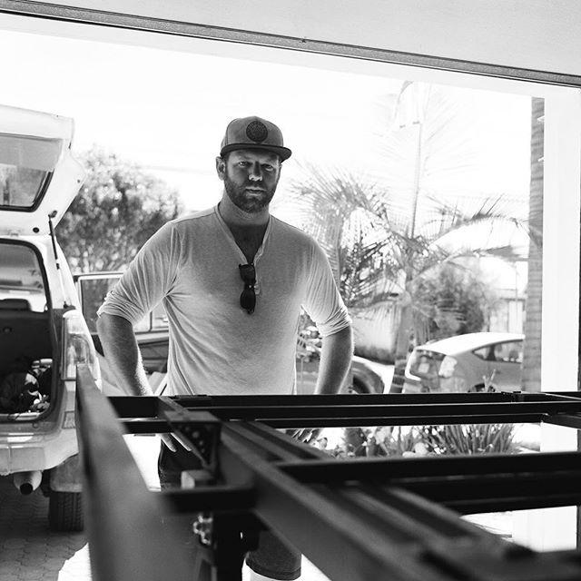 A man and his metal —————————————— #120 #120film #filmphotography #film #ishootfilm #blackandwhite #blackandwhitephotography #ilfordhp5 #bronica #bronicasq #squareformat #metal