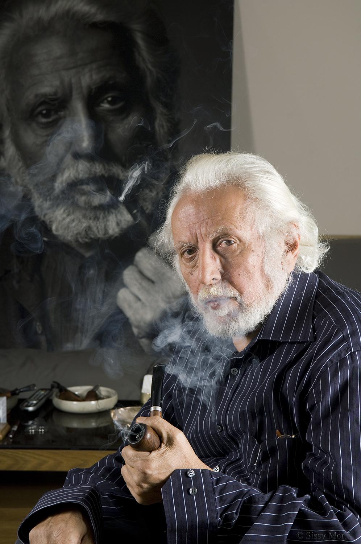 George Grammatikakis / professor of physics-author / BHMagazino No 429