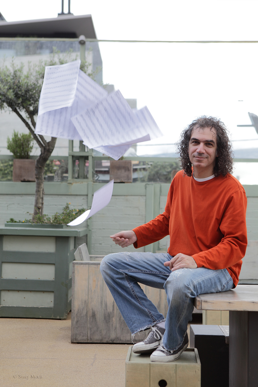Stavros Lantsias / composer-pianist / Metropolis No 1026