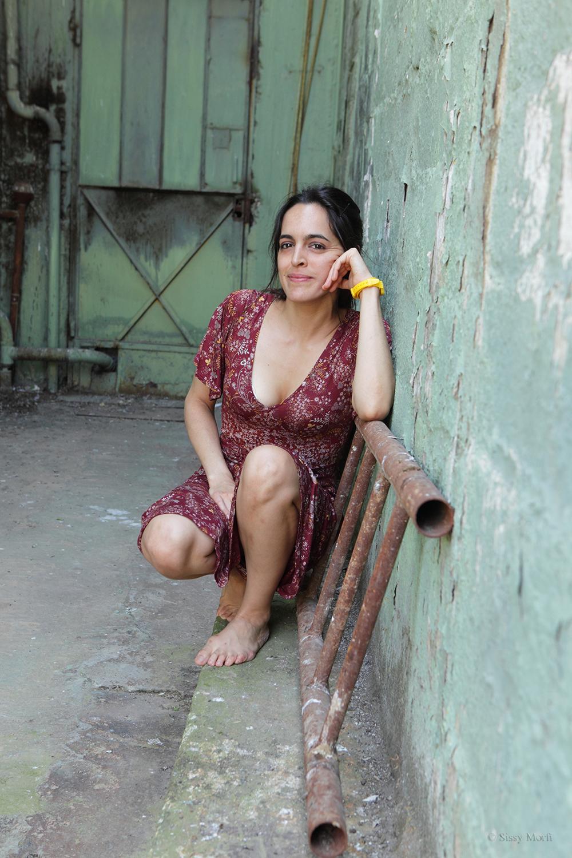 Christina Maxouri / actress-singer / Metropolis No 1035