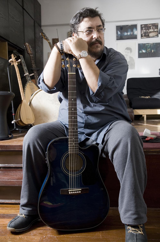 Lavrentis Machairitsas / singer-lyricist-composer / SMS Sportday No 39