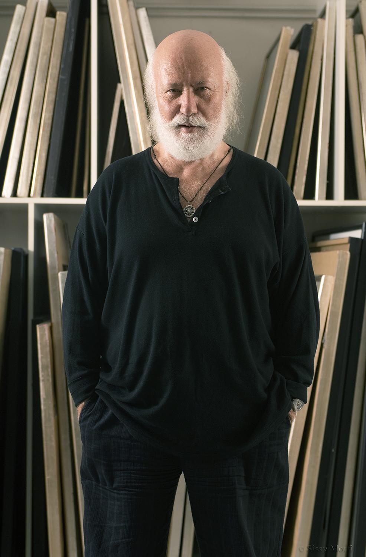 Nikos Houliaras / painter-artist-poet-author-composer / BHMagazino No 310