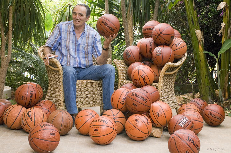 Kostas Politis / basketball player & coach / Vmen No 18