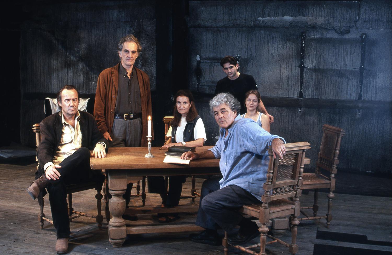 """""""Ghosts"""" / Aplo Theatre, 2005 / by Henrik Ibsen / directed by Antonis Antipas / MEN No 134"""