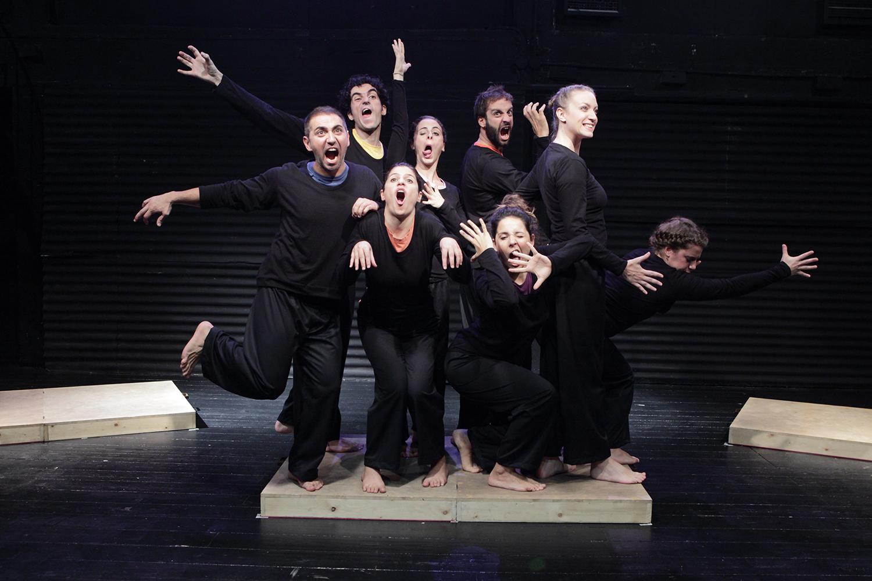"""10 CM UP"" / Aneton theatre, 2012 / Patari Project / directed by Sofia Pashou / Metropolis No 1005"