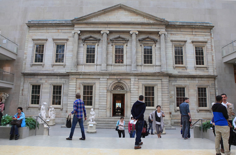 U.S.A. / New York / Metropolitan Museum Of Art / The American Wing Courtyard