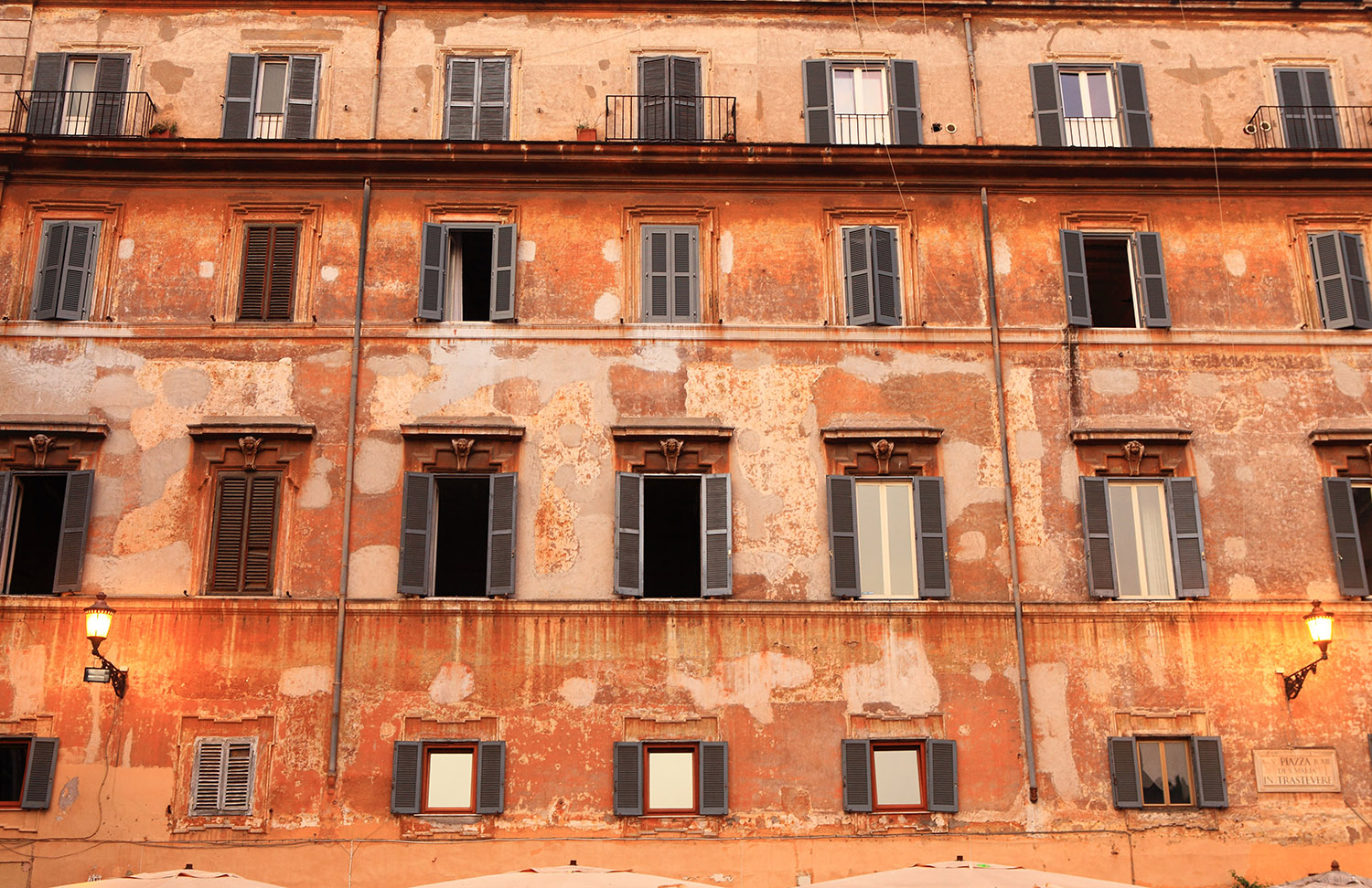Italy / Rome / Windows